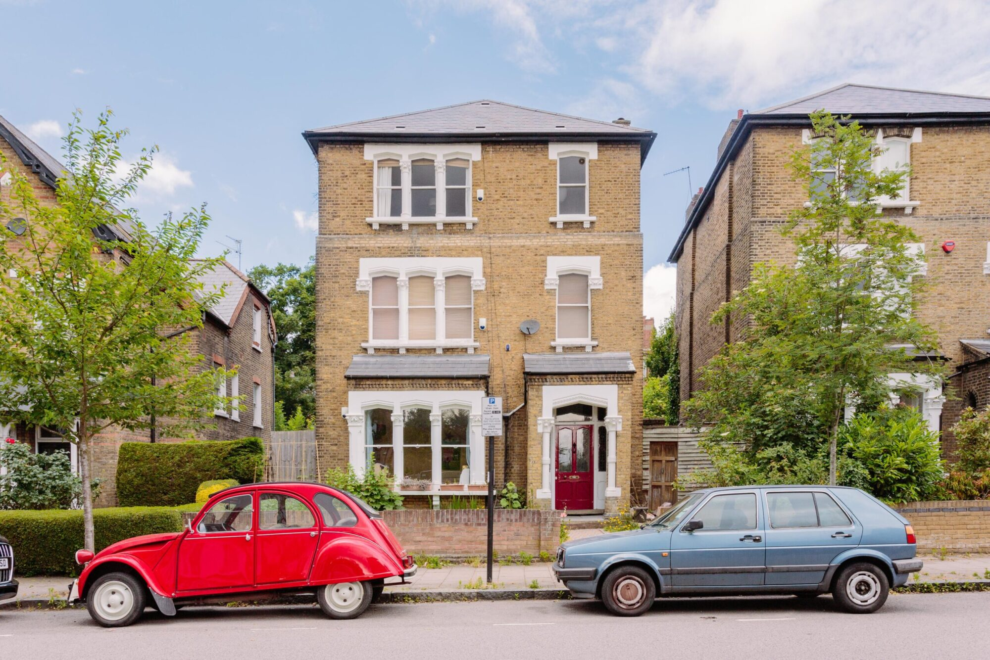 A beautiful detached house in the Stroud Green and Crouch End borders, let and managed by Davies & Davies.